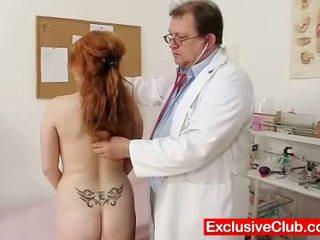 echt gapende scène, plezier vagina, een dokter klem