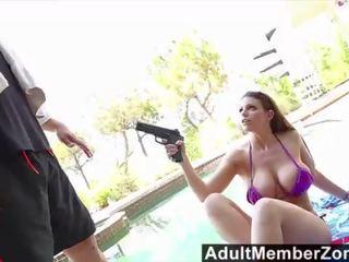 bigtits actie, een doggystyle seks, heet olie