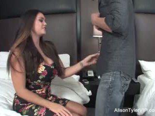 Alison tyler fucks שלה חבר