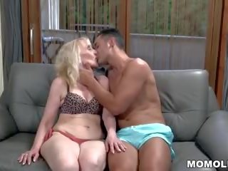 Muscular Guy Fucks a Mature Woman, Free Porn 7a