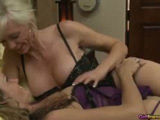 Intensive Lesbisch Klitoris Licking