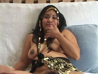 likken, vingerzetting scène, kijken indisch film