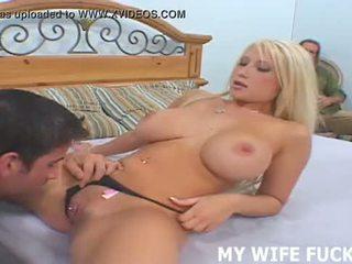 Pamje juaj bashkëshorte starring në një e pacensuruar porno