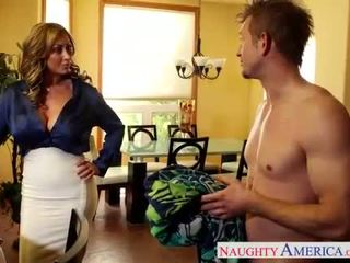 Njijiki mom eva notty kurang ajar kontol with her susu