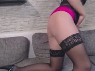 Neue dessous, tini striptease ninadevil -ban doggy pose