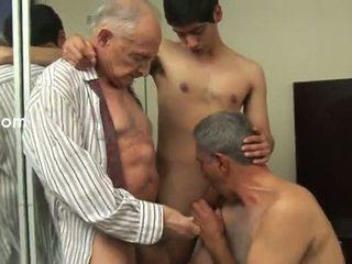 De kunst van seks met daddy