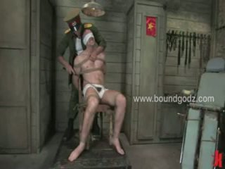 A ComMander Is Interested In Fucking With Hellos Captives