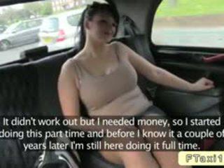 Krūtainas angļi amatieri bangs fake taxi driver uz publisks