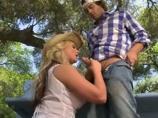 Phoenix marie masturbándose la hawt chico en recoger hasta truck