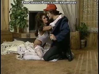 美丽 女士 在 复古 色情 电影