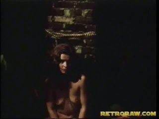 امرأة سمراء, الجنس المتشددين, اللعنة الثابت