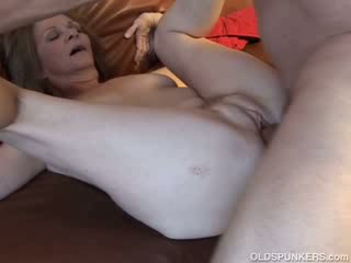 Ayu older maly loves to fuck