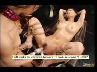 Maria ozawa en yuki osawatoying en having orgasme