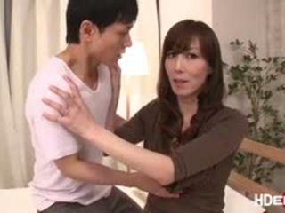 جنسي اليابانية reiko fucks إلى الحصول على ل مثالي score