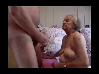 Vecmāte having jautrība video