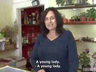 Leende Tjeckiska Tik Knullar Vid Porr Filmer - Leende Tjeckiska Tik Knullar Vid Sex