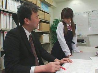 面部 cumshots 上 亞洲人 schoolgirls