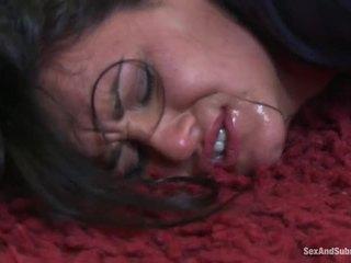 Mamalhuda bebês obter punida por hung policeman