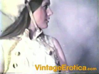 Vintage lesbo performance around girls nang band