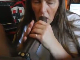 Granny BBC Magician: Free Cum Swallowing Porn Video f3