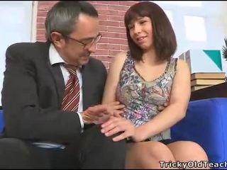 Чувствен tutoring с учител