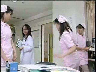 Asiatic asistenta sugand pacient