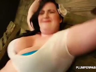 Sexy bbw eliza allure submits a fucks ju majster