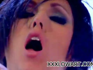 brunete, kissing, lesbo