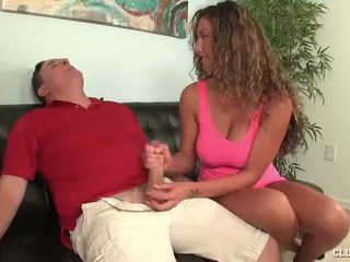 Clubtug-horny pusaudze jerks no viņai tēvocis