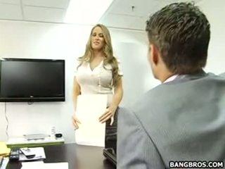 שלה טוב ל להיות the מזכירה