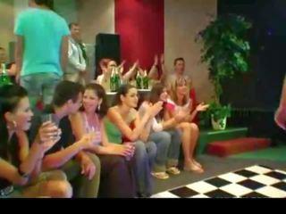 Gefunden auf die web-introduction beste bisex party je.