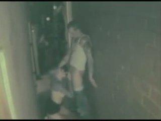 Bêbeda casal a foder em o de volta alley