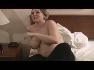 lielas krūtis, babes, grūtniecības stāvoklī