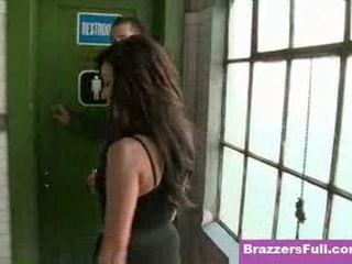 Breanne benson hoe naar neuken in de kantoor