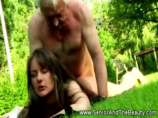 Tattooed ýaşlar jana rides this lucky old guy outdoors