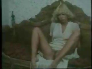 A scandinavian klasika, bezmaksas vintāža porno d1