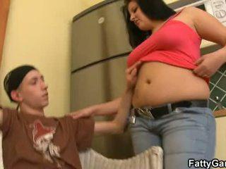 Sexy plumper seduces an young dude