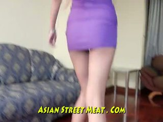Lithe anaal neuken trut met zaad in alle drie holes