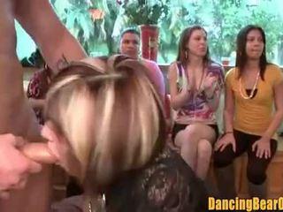 Amatöör bachelorette pidu blowbang tabatud edasi tape - dancingbearorgy.com