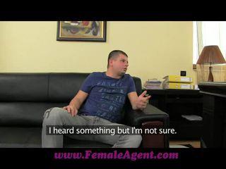 Femaleagent yeni agent ve onu incredible tüysüz