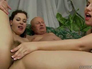 Two gençler seduced için sikme