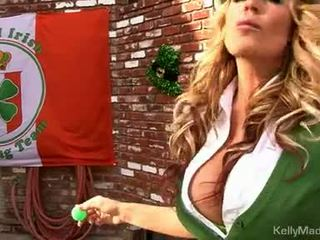 Milf Kelly Madison Lifts Her Petticoat For A Fuck Outdoors