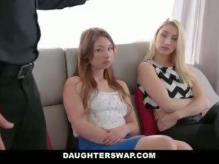 Daughterswap - tricking & ipek onların babalar sırasında mardi-gras