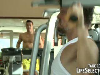 Fitnes junkies <span class=duration>- 10 min</span>