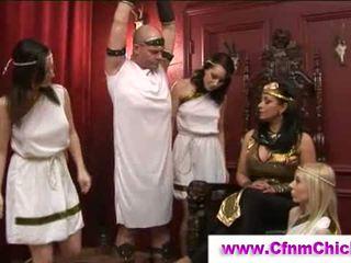Cfnm ελληνικό queens τραβώντας μαλακία guy