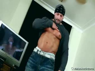 Beafed Muscle Chap Jerking Off 1 By Gotmasked