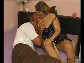 A sexy lemu lady loves bayan