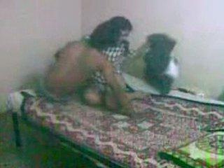 Innocent patrząc bengali gf getting fucked przez jej bf