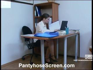 Forró harisnyatartó képernyő film starring ella, adam, jerry