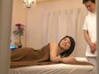 Bridal salon masáž spycam